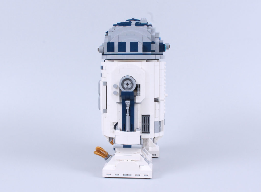 LEGO Star Wars 75308 R2 D2 Review 11