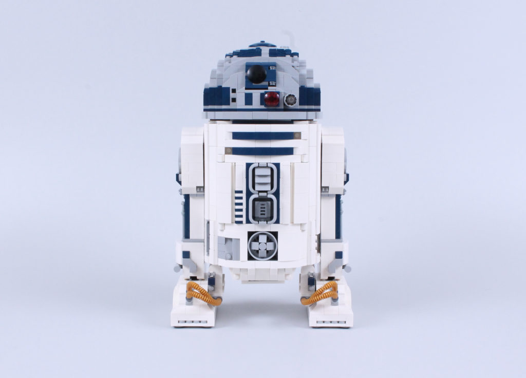 LEGO Star Wars 75308 R2 D2 Review 14