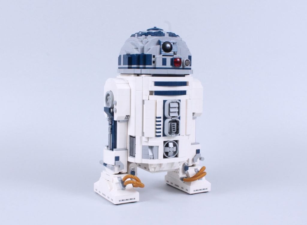 LEGO Star Wars 75308 R2 D2 Review 15