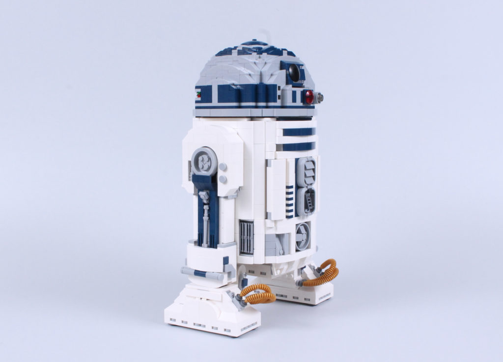 LEGO Star Wars 75308 R2 D2 Review 16