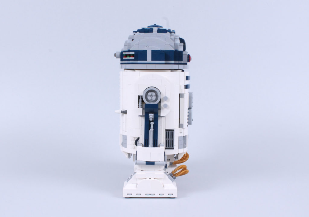 LEGO Star Wars 75308 R2 D2 Review 17