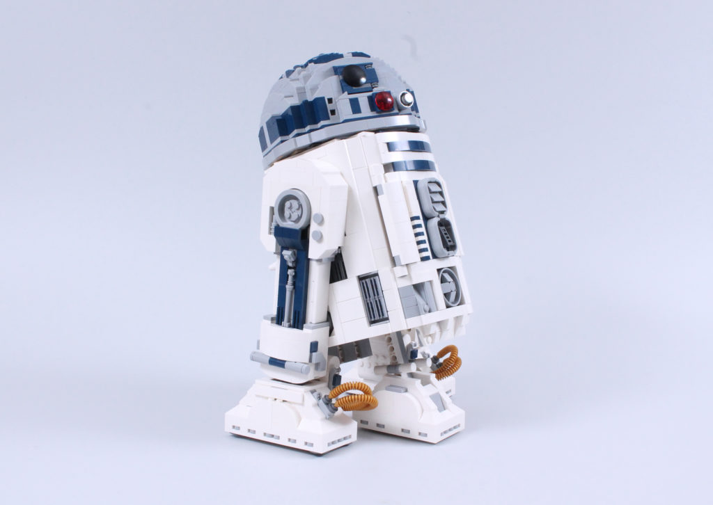 LEGO Star Wars 75308 R2 D2 Review 28