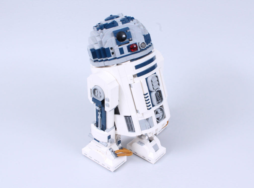 LEGO Star Wars 75308 R2 D2 Review 29