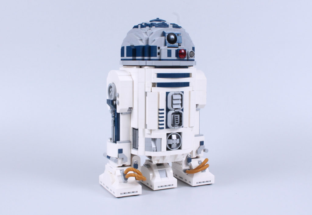 LEGO Star Wars 75308 R2 D2 Review 3