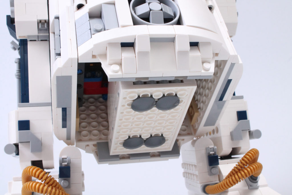 LEGO Star Wars 75308 R2 D2 Review 31