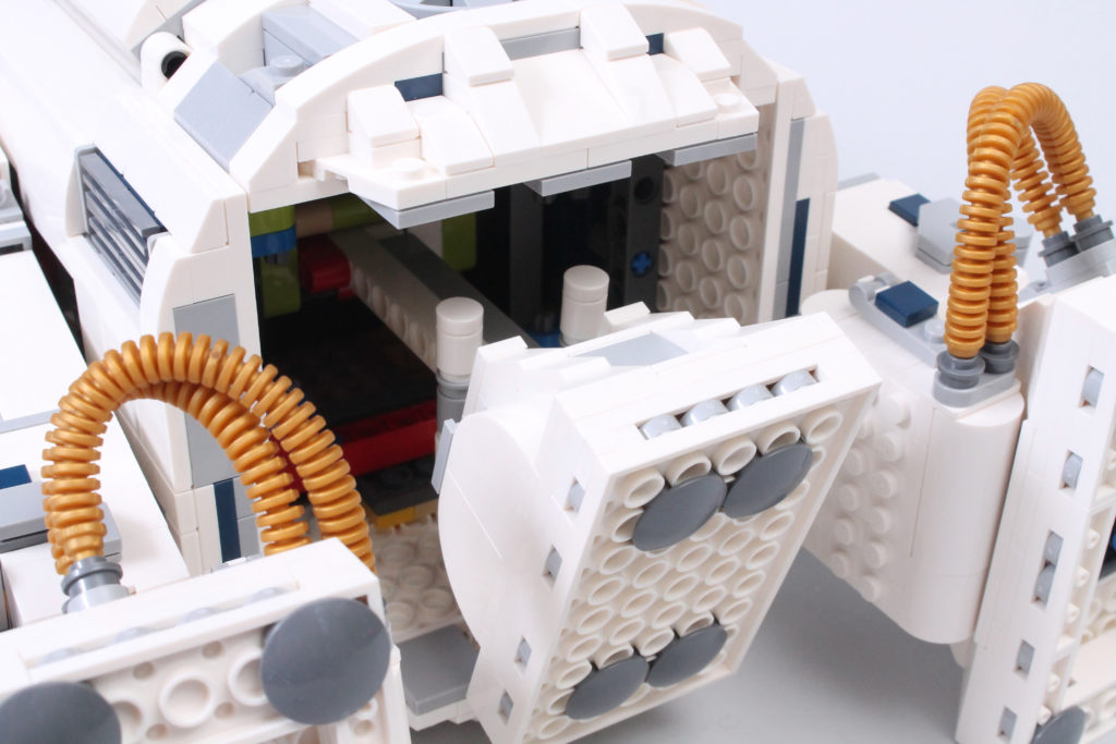 LEGO Star Wars 75308 R2 D2 Review 32