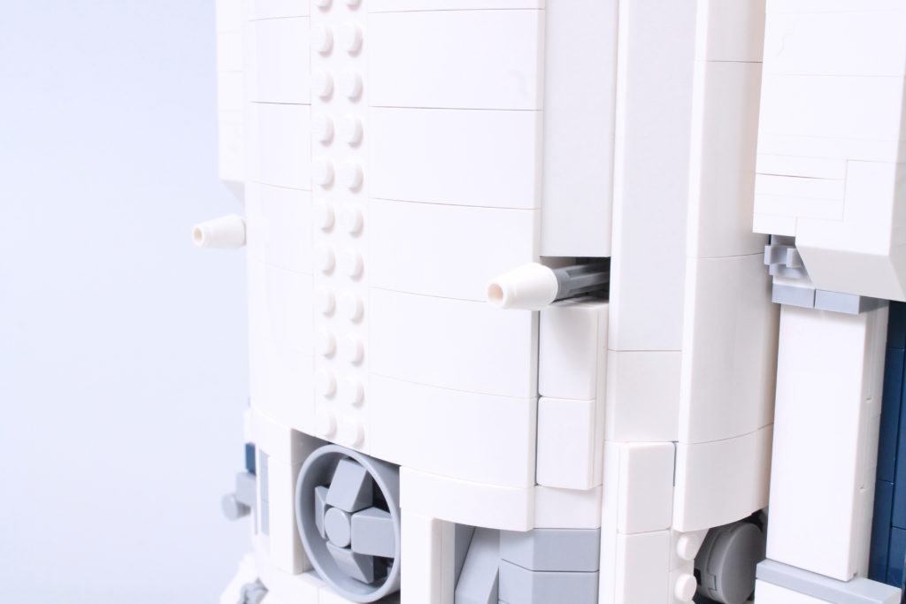 LEGO Star Wars 75308 R2 D2 Review 36