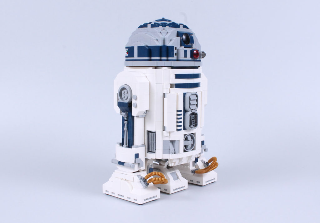 LEGO Star Wars 75308 R2 D2 Review 4