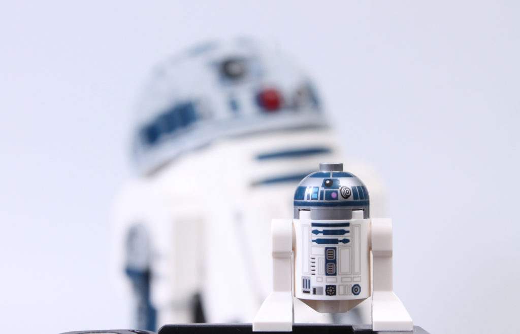 LEGO Star Wars 75308 R2 D2 Review 53