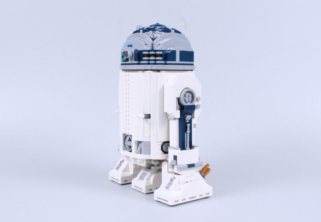LEGO Star Wars 75308 R2 D2 Review 6