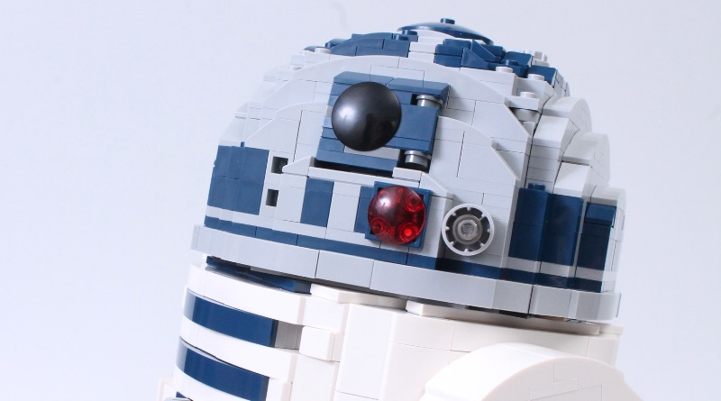 LEGO Star Wars 75308 R2 D2 Review Featured