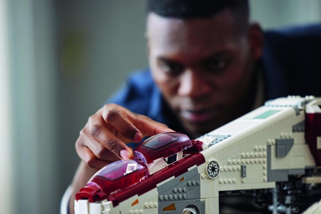 Lego Star Wars 75309 သမ္မတနိုင်ငံ Gunship 16