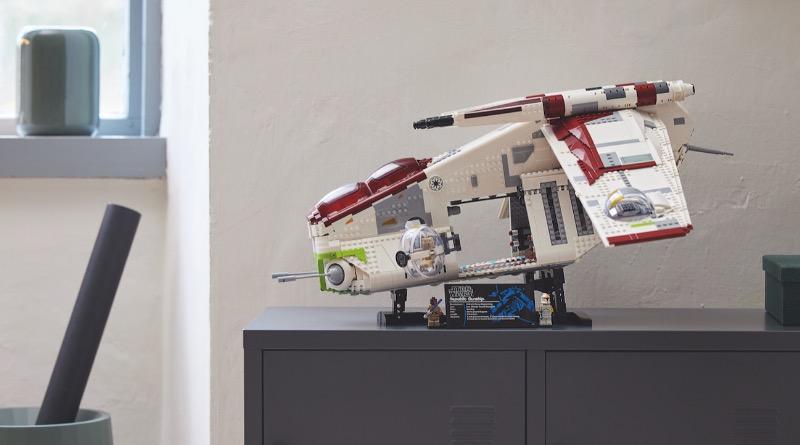 Lego Star Wars 75309 သမ္မတနိုင်ငံ Gunship 6 featured