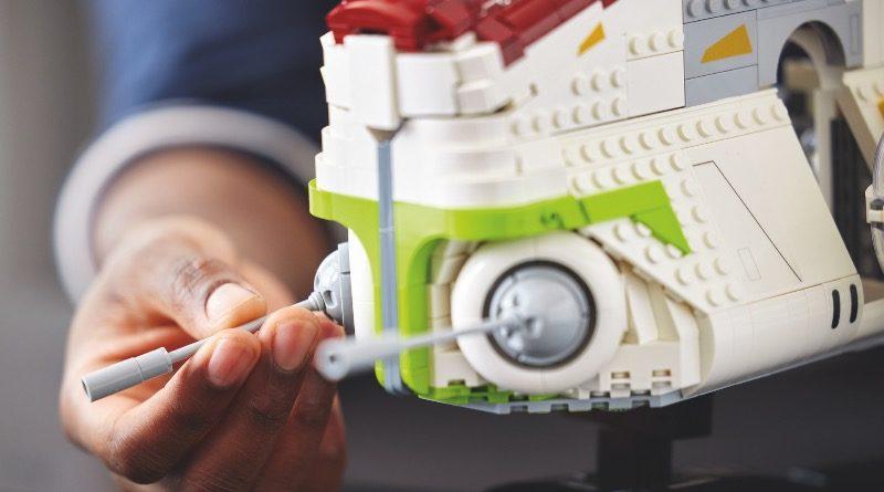 LEGO Star Wars 75309 Republic Gunship featured 8