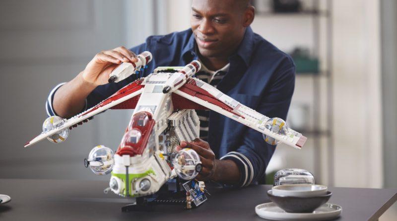 LEGO Star Wars 75309 Republic Gunship featured resized 3
