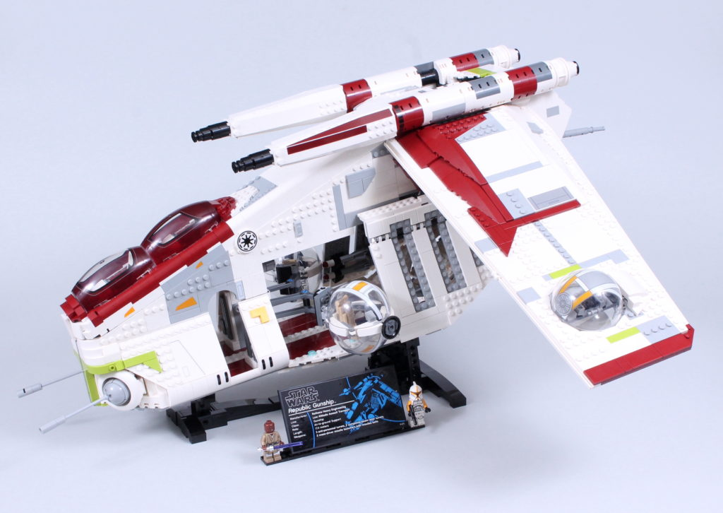 LEGO Star Wars 75309 Republic Gunship review 13