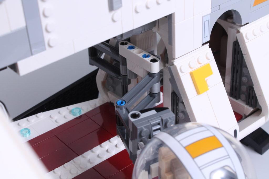 LEGO Star Wars 75309 Republic Gunship review 21