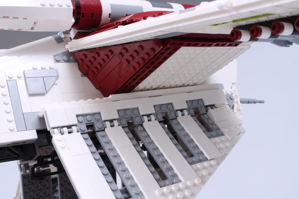 LEGO Star Wars 75309 Republic Gunship review 26