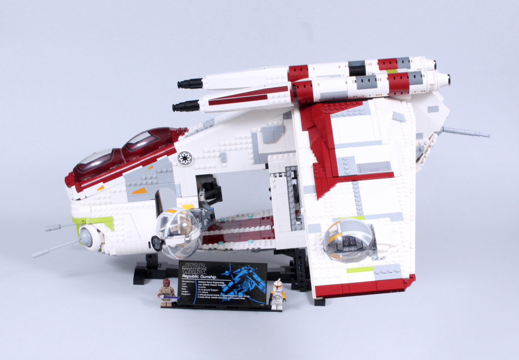 LEGO Star Wars 75309 Republic Gunship review 3
