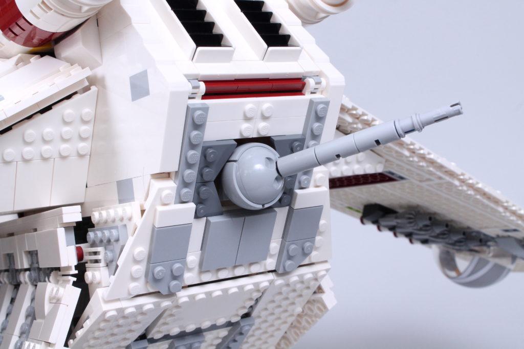 LEGO Star Wars 75309 Republic Gunship review 35