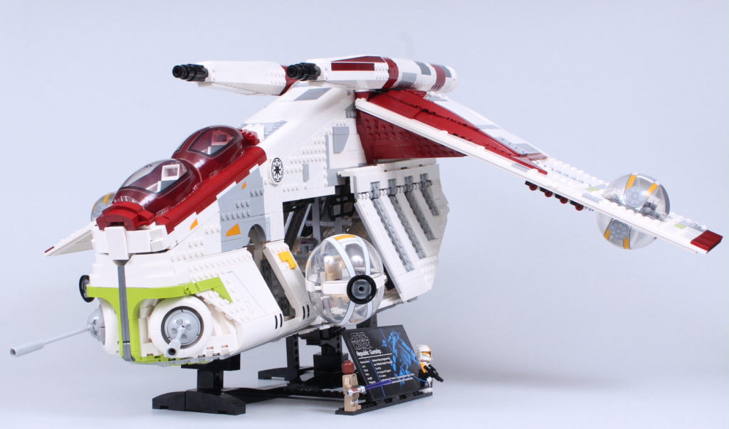 LEGO Star Wars 75309 Republic Gunship review 37