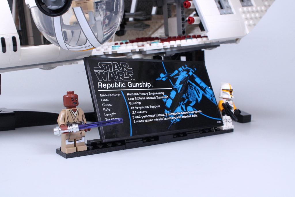 LEGO Star Wars 75309 Republic Gunship review 38