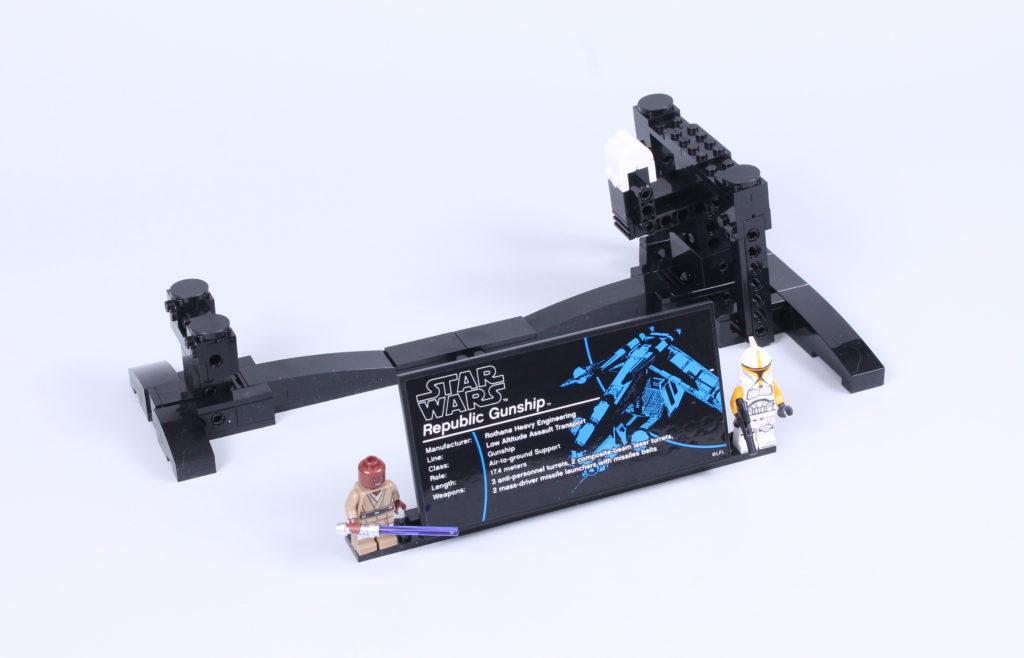 LEGO Star Wars 75309 Republic Gunship review 40