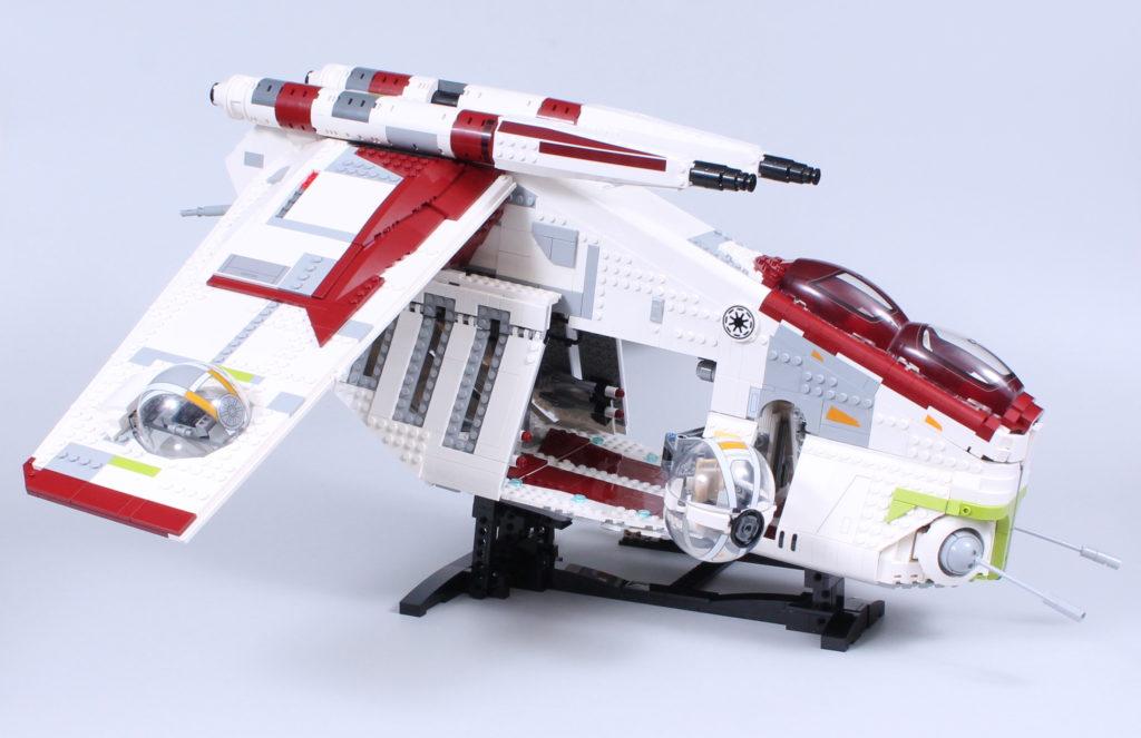 LEGO Star Wars 75309 Republic Gunship review 6