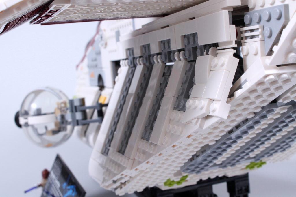 LEGO Star Wars 75309 Republic Gunship review 9