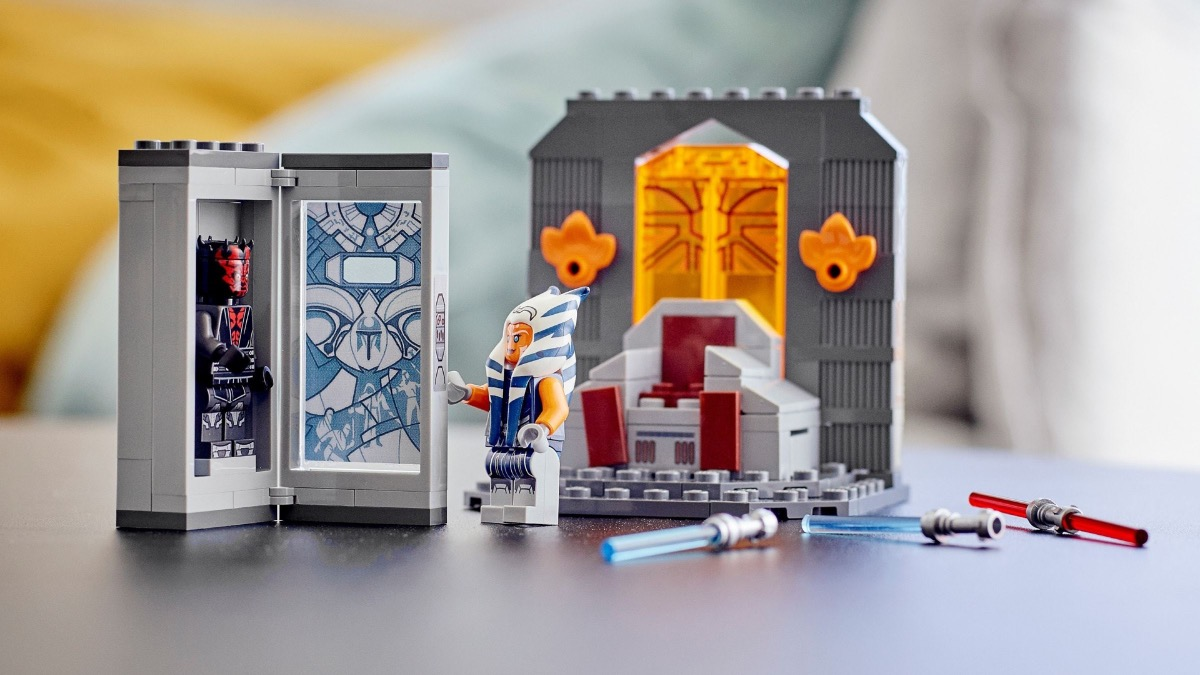 LEGO Star Wars 75310 Duel On Mandalore Featured Resized