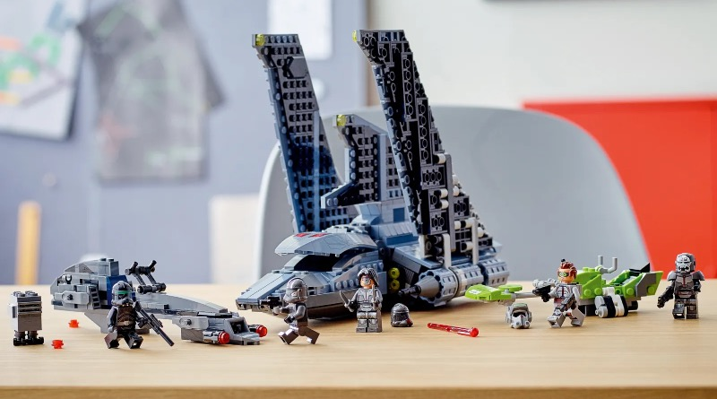 LEGO Star Wars 75314 The Bad Batch Attack Shuttle Featured 5