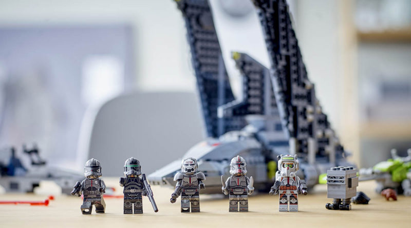 LEGO Star Wars 75314 The Bad Batch Attack Shuttle lifestyle minifigures featured