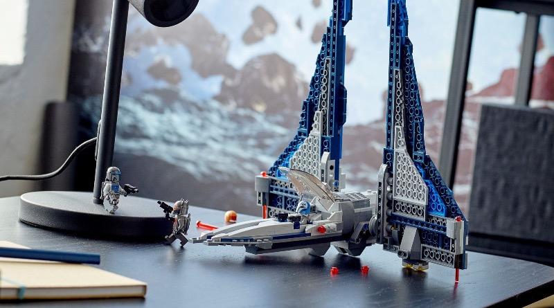 LEGO Star Wars 75316 Mandalorian Starfighter Featured 2