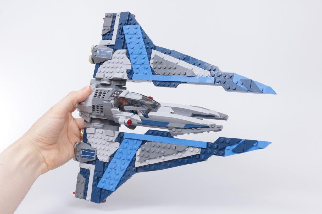 LEGO Star Wars 75316 Mandalorian Starfighter review 15