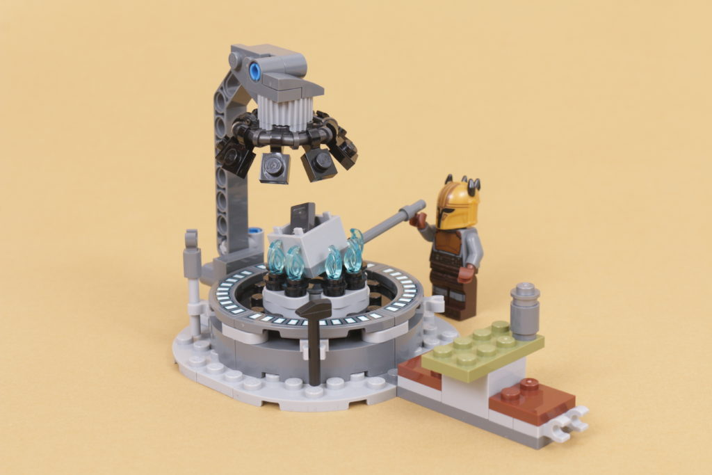 LEGO Star Wars 75319 The Armorers Mandalorian Forge review 41