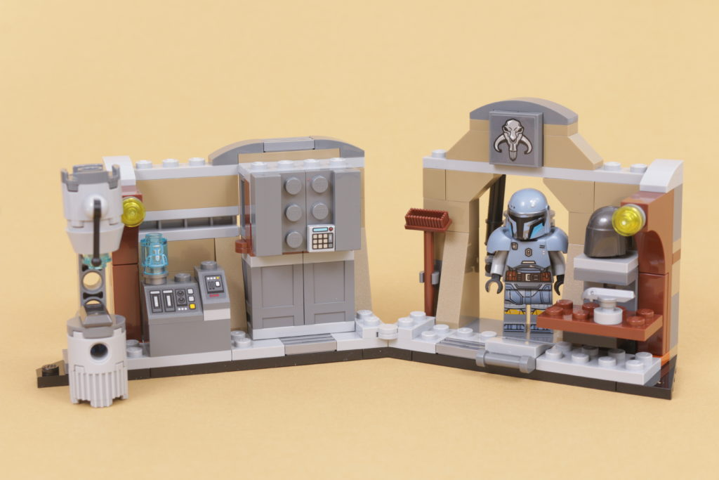 LEGO Star Wars 75319 The Armorers Mandalorian Forge review 42