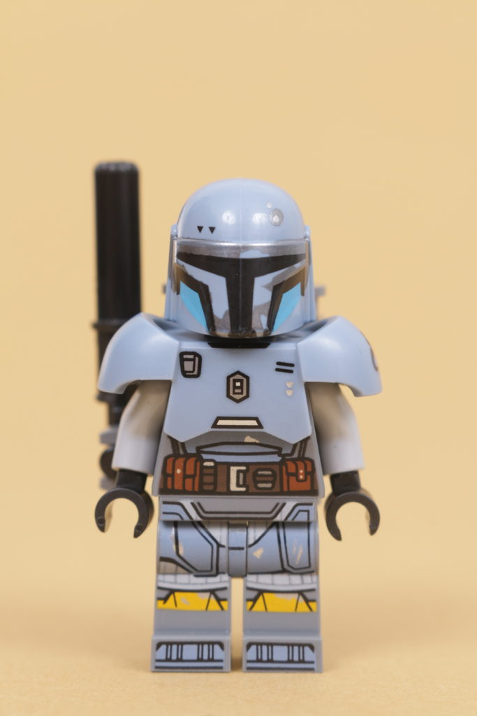 LEGO Star Wars 75319 The Armorers Mandalorian Forge review 54