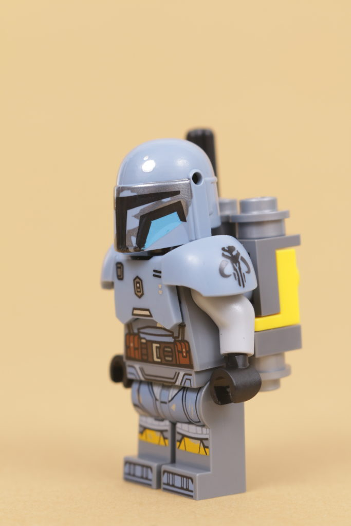 LEGO Star Wars 75319 The Armorers Mandalorian Forge review 55
