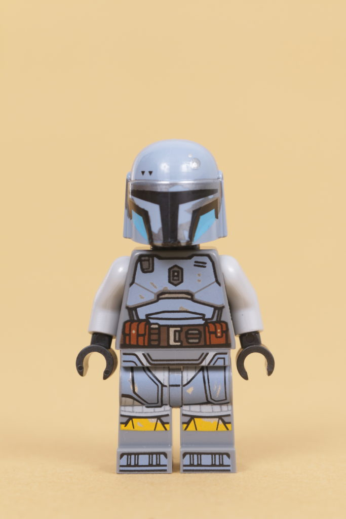 LEGO Star Wars 75319 The Armorers Mandalorian Forge review 57
