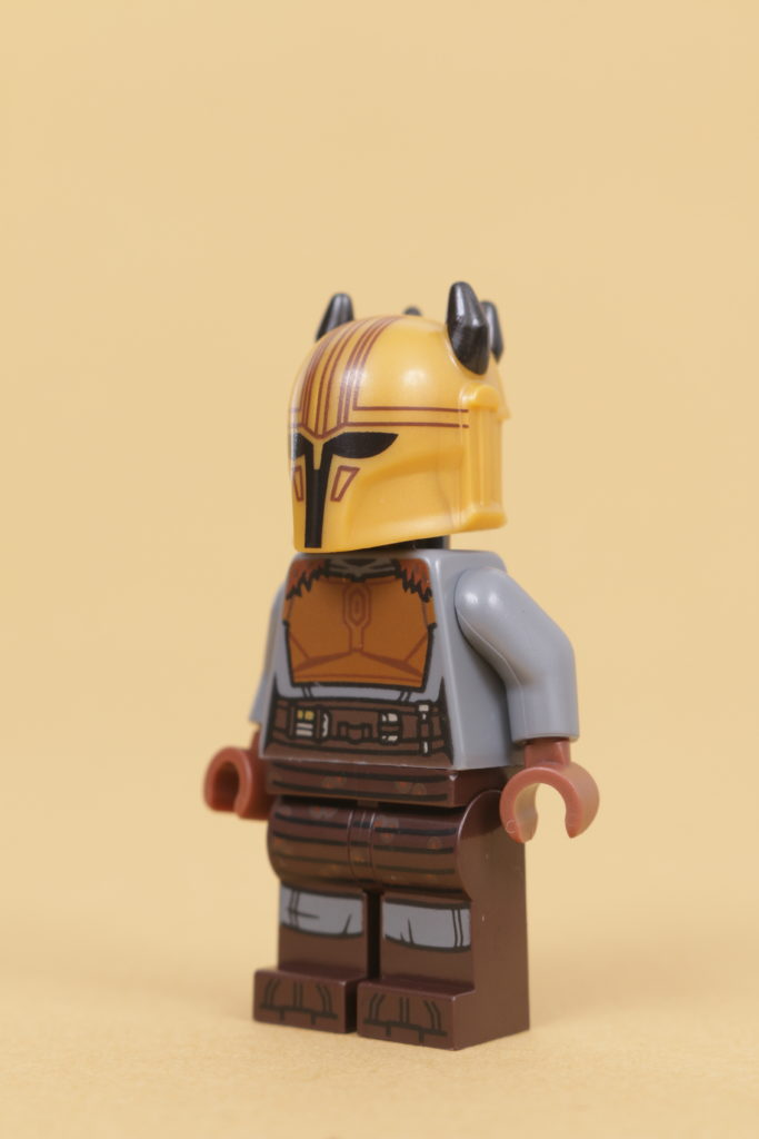 LEGO Star Wars 75319 The Armorers Mandalorian Forge review 60