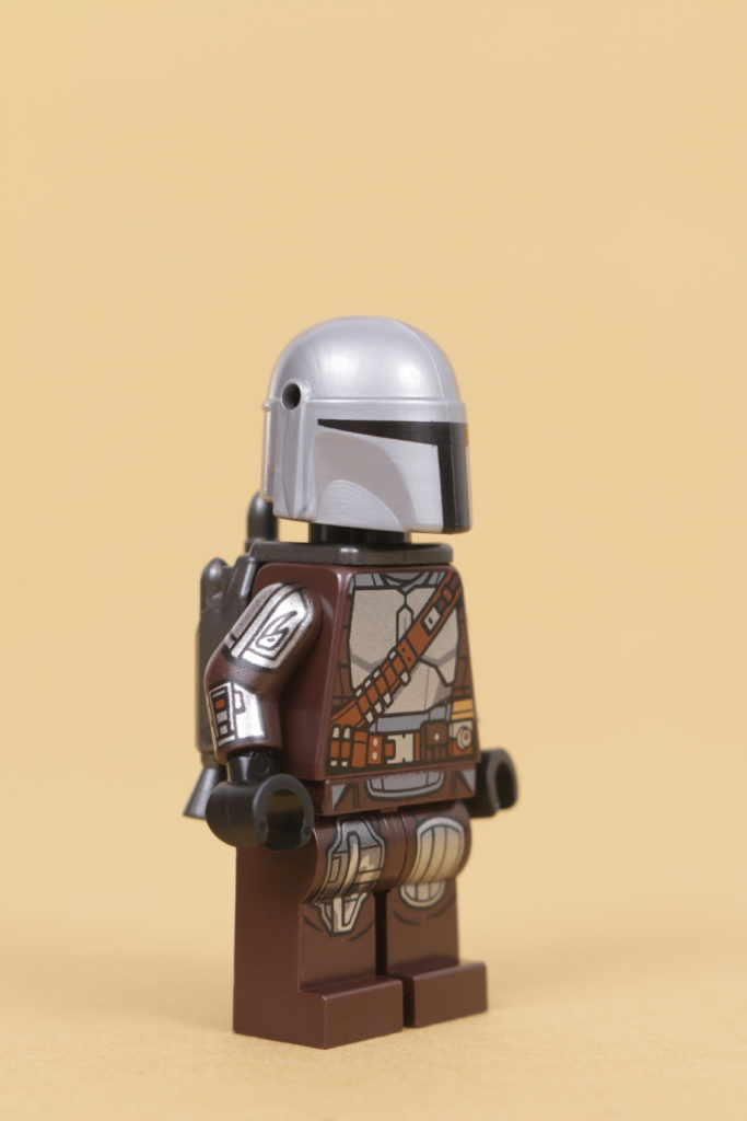 LEGO Star Wars 75319 The Armorers Mandalorian Forge review 63