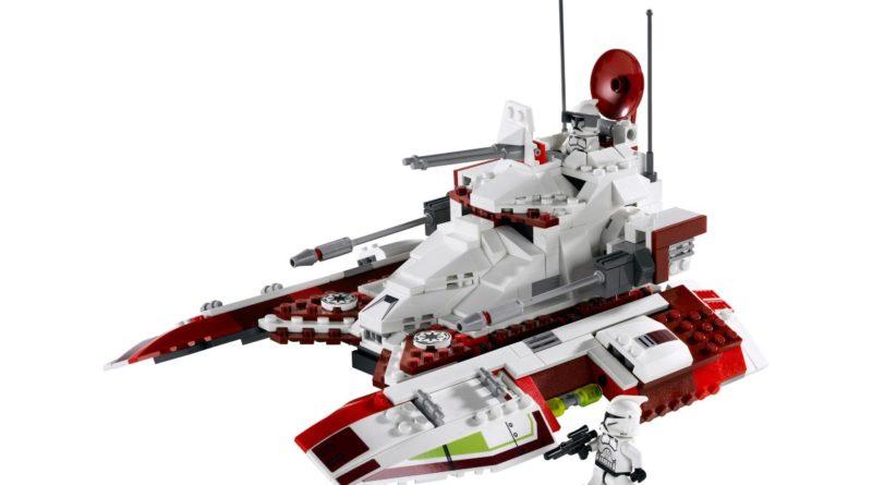 LEGO Star Wars 7679 Republic Fighter Tank featured