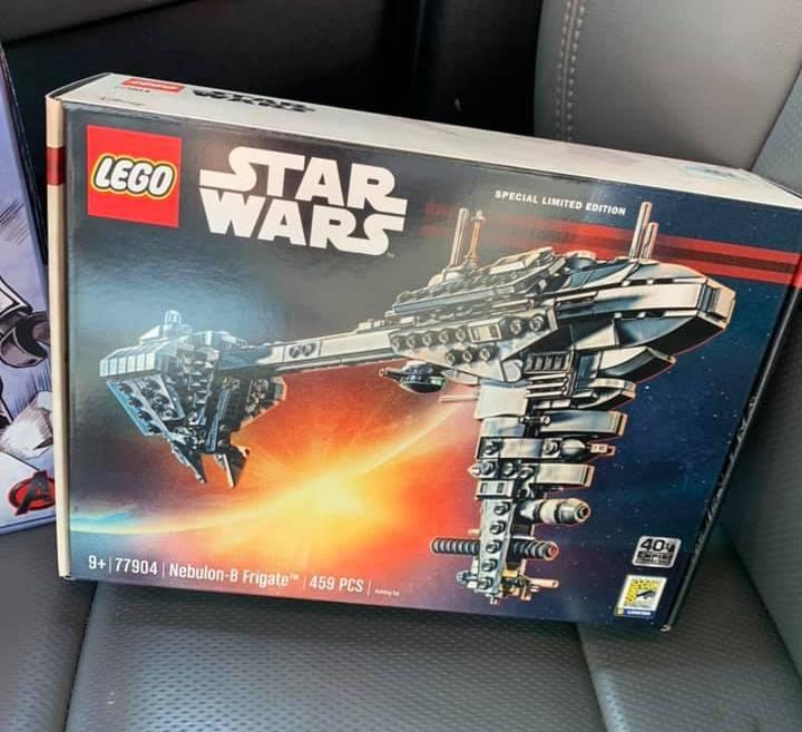 LEGO Star Wars 77904 Nebulon B Frigate 1 1