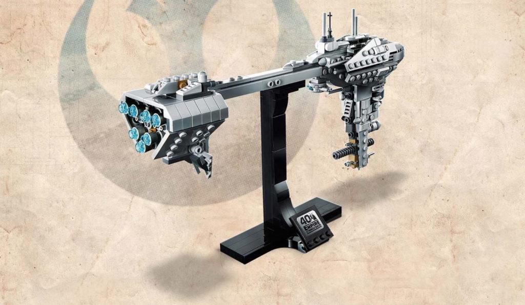 LEGO Star Wars 77904 Nebulon B Frigate 2