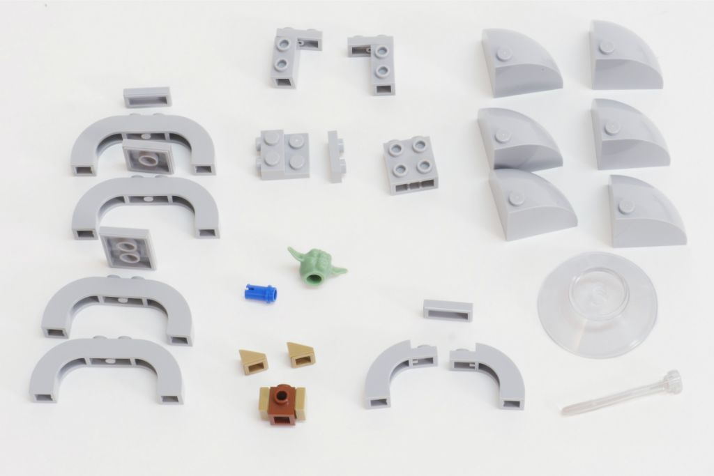 LEGO Star Wars Baby Yoda Build 2