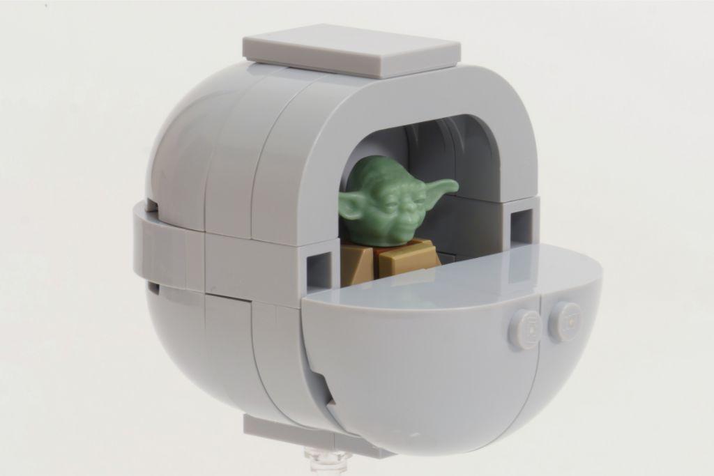 LEGO Star Wars Baby Yoda Build Final