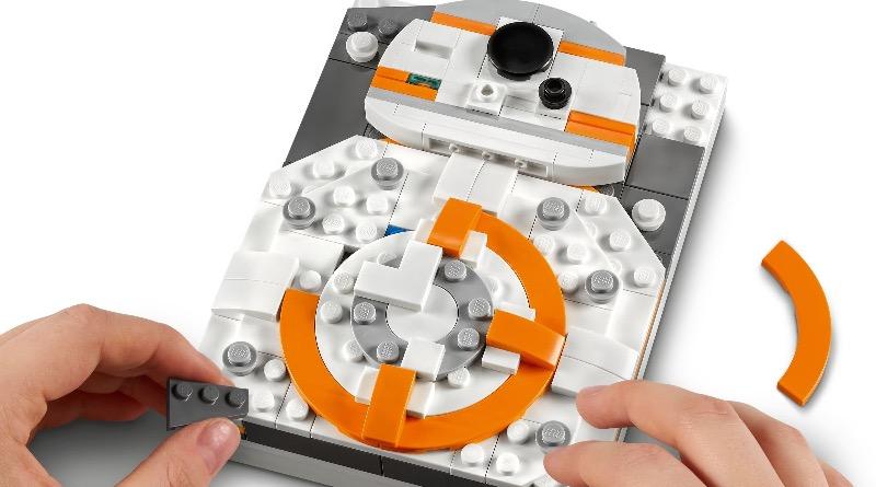LEGO Star Wars Brick Sketches 40431 BB 8 Featured