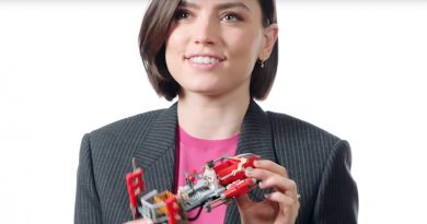Star Wars star Daisy Ridley builds a LEGO set
