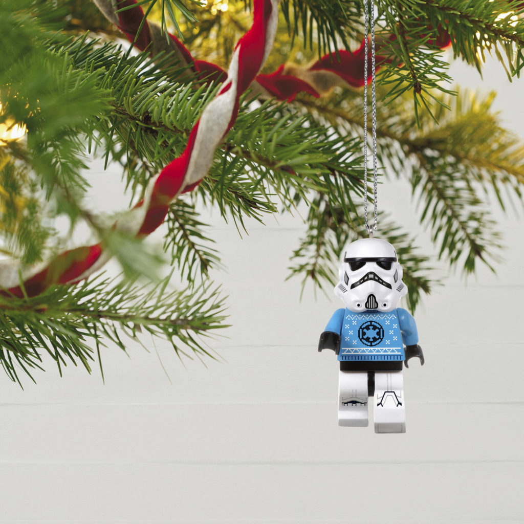 LEGO Star Wars Stormtrooper Minifigure Keepsake Ornament 1699QXI7562 02 1024x1024