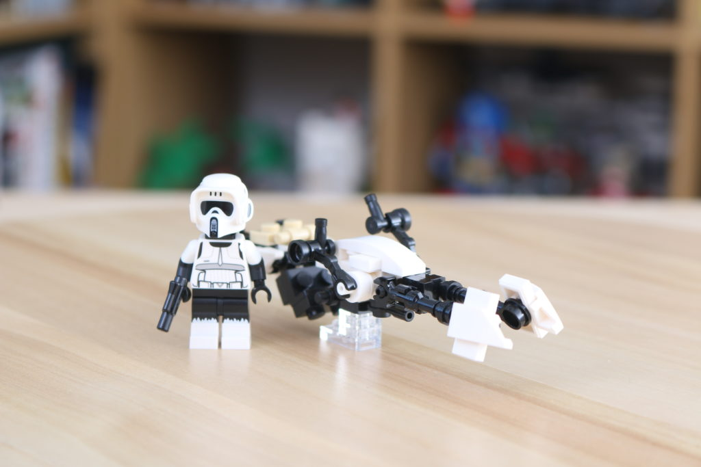 LEGO Star Wars The Mandalorian Speeder Bike Z 74 Custom Build 3